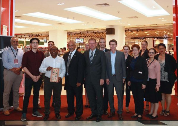 maori taste new zealand food fair jaya grocer malaysia group photo