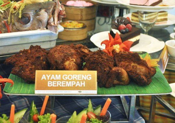 ramadan buffet 2017 grand bluewave hotel shah alam ayam goreng berempah