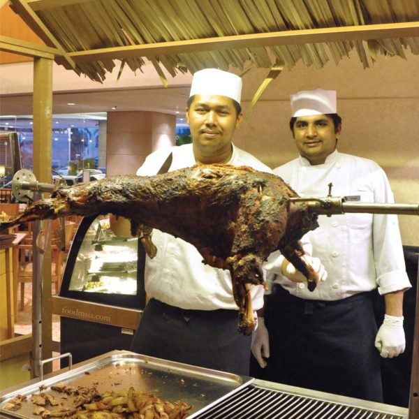 ramadan buffet dondang sayang coffee house corus hotel kl roasted lamb