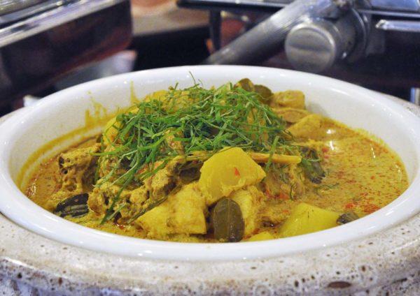 ramadan buffet oceania restaurant summit hotel subang usj gulai ayam minangkabau