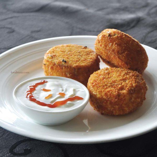 what tasty food indian vegetarian bangsar kachori