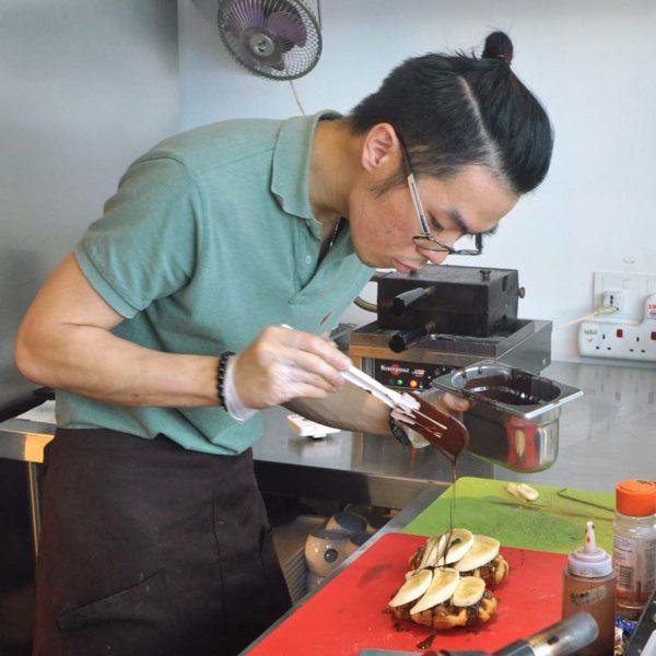 cafe 5 pudu kuala lumpur belgian liege waffle baking