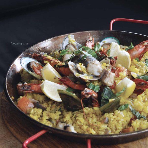 d'italiane italy cuisine paradigm mall kelana jaya seafood paella