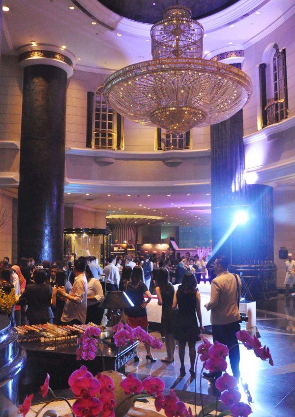 global day of discovery renaissance kuala lumpur hotel crowd