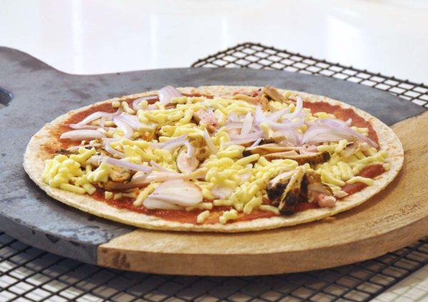 mission foods pizza crusts tandoori chicken