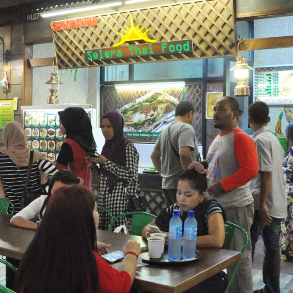 next food junction klang parade mall jalan meru halal section