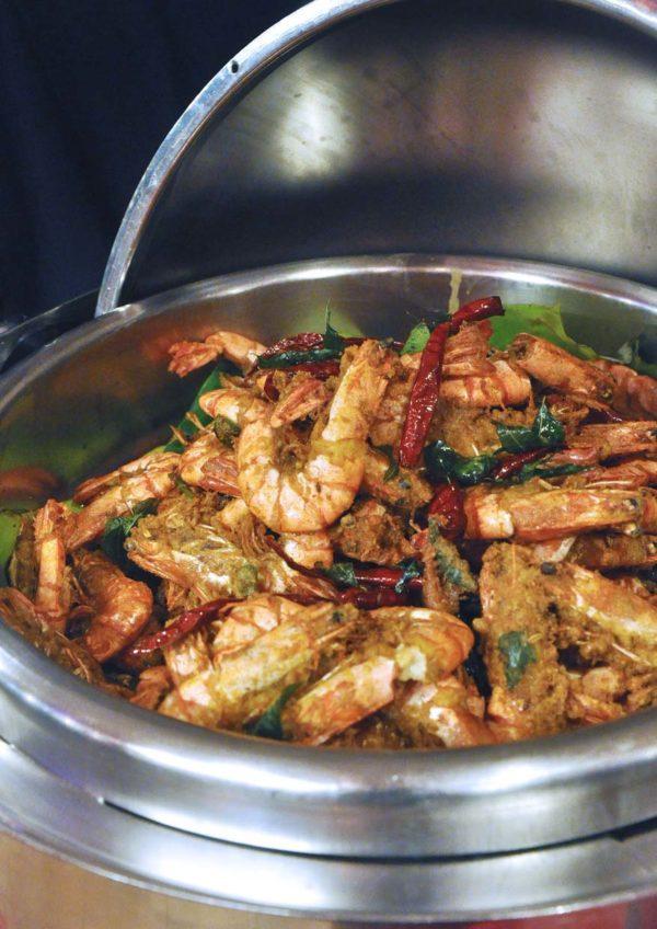 ramadan buffet flavors swiss garden hotel residences kl prawn