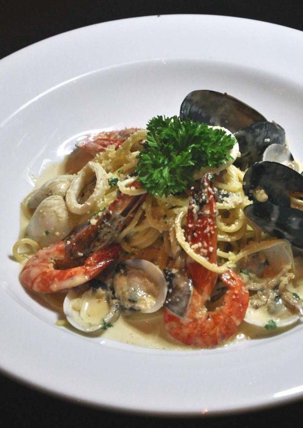 eatalia by brava desa sri hartamas spaghetti cabonara di mare