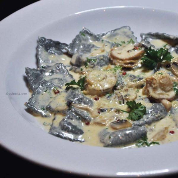 eatalia by brava desa sri hartamas squid ink seafood ravioli