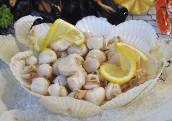 treasures of the sea weekend buffet dinner nook aloft kuala lumpur sentral scallop