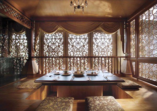 bunga emas fine dining malay restaurant royale chulan kl bilik bersila