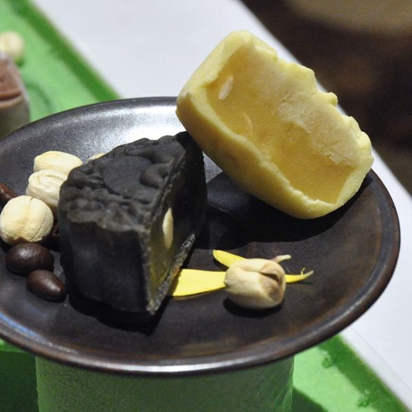 mid-autumn festival dynasty restaurant snow skin mooncake