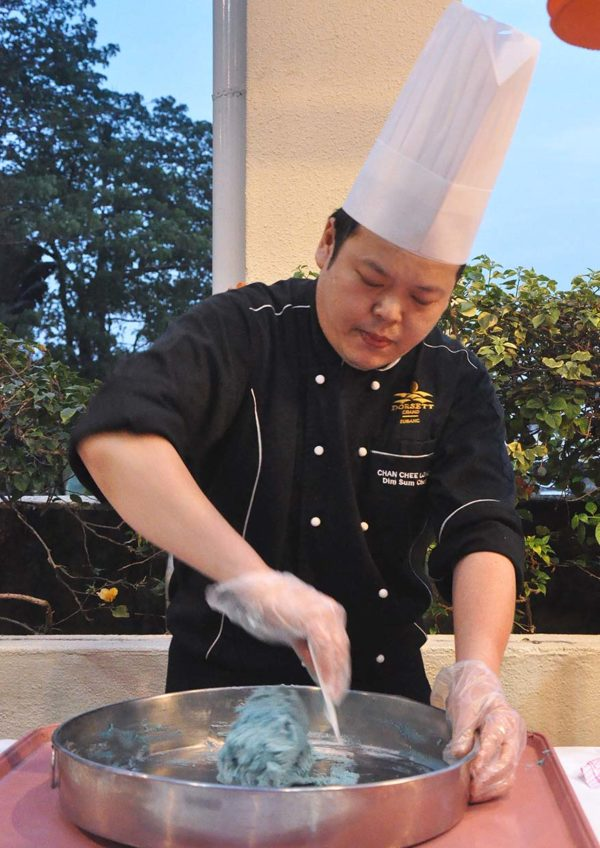 mooncake mid autumn festival dorsett grand subang chef