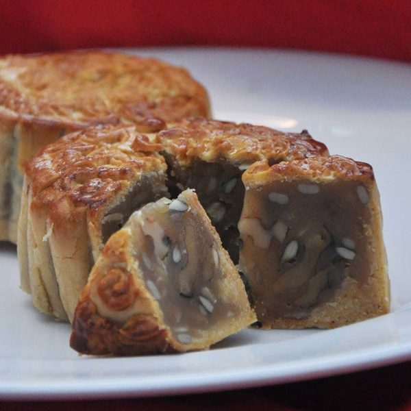 mooncake mid autumn festival dorsett grand subang six coarse grains paste