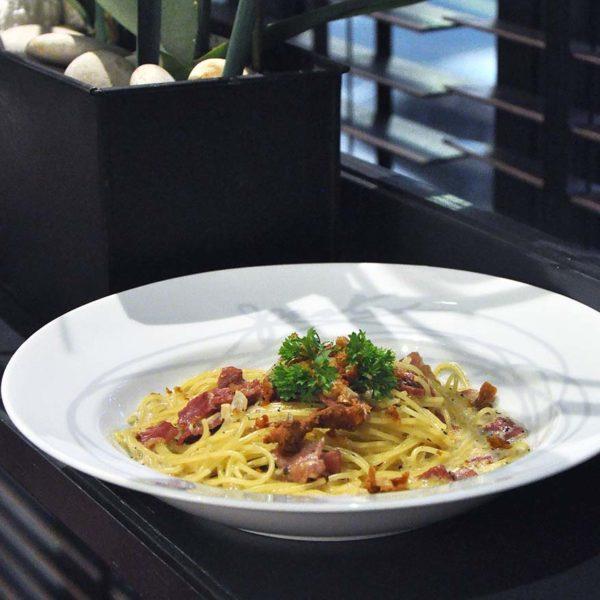 greyhound cafe ansa weekday delight set lunch spaghetti carbonara