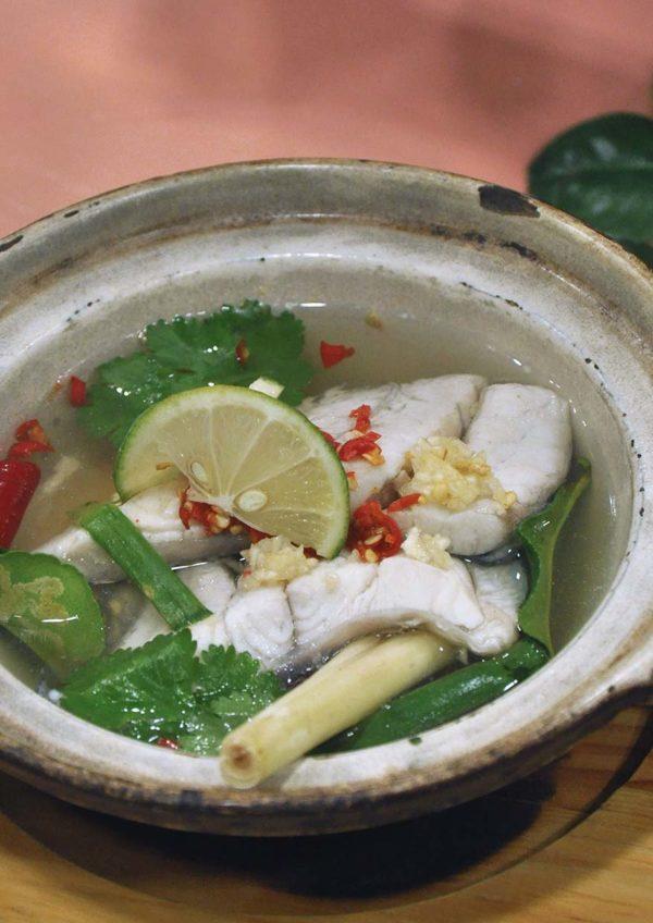 makanlicious food hunt melawati mall kuala lumpur tiger lily thai restaurant lemongrass fish