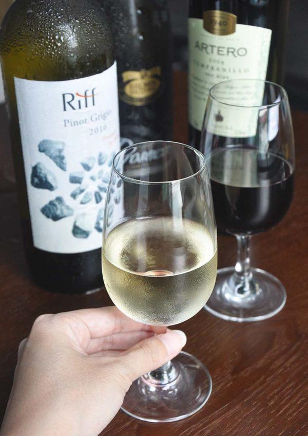 bangle publika northern indian restaurant wine taster
