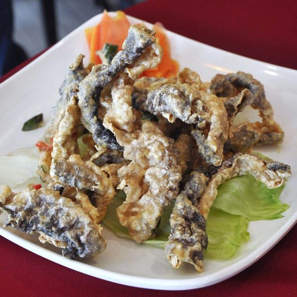 restaurant golden court chinese cuisine sri petaling fried salmon skin