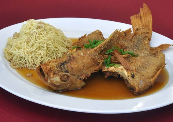 restaurant golden court chinese cuisine sri petaling fried tilapia