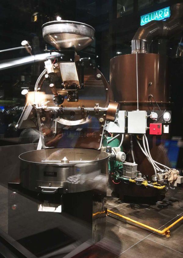 hoshino coffee japanese cafe mid valley malaysia roasted machine