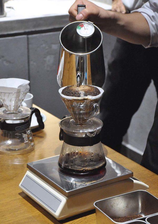 hoshino coffee japanese cafe mid valley malaysia hand drip