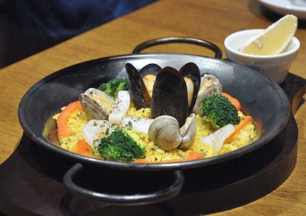 hoshino coffee japanese cafe mid valley malaysia seafood paella
