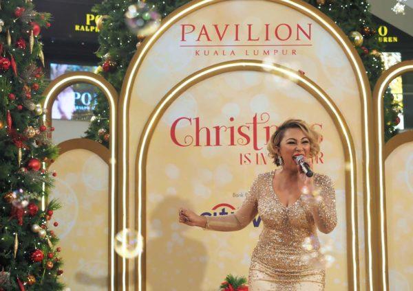 pavilion kl christmas 2017 songstress joy victor