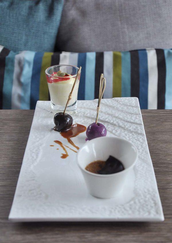 the forum kl desa sri hartamas christmas menu trio desserts