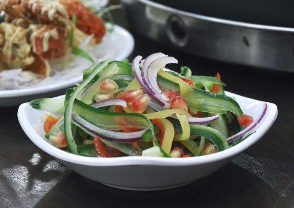 yoogane malaysia korean cuisine christmas menu crispy salad