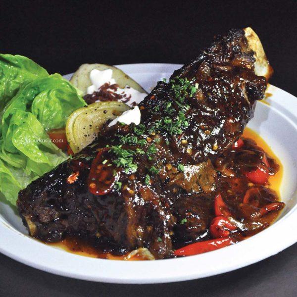 stiq wangsa maju western food bone ribs
