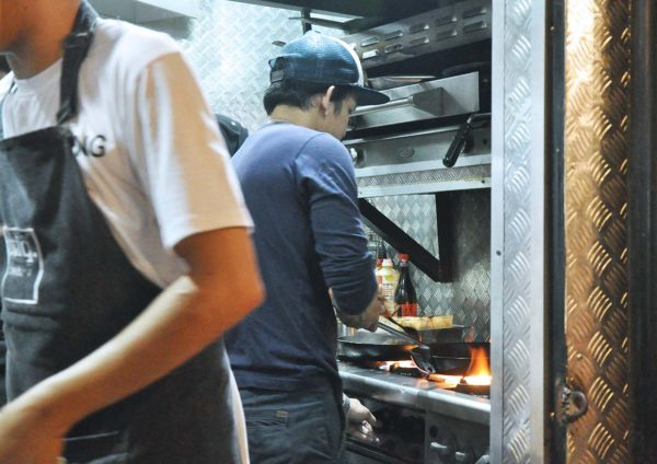 stiq wangsa maju western food kitchen