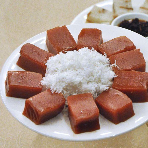 tai thong bundle of prosperity chinese new year sticky rice cake
