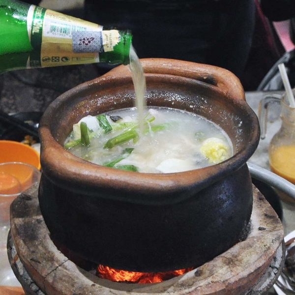 soi 19 thai food kuchai lama jim jom chang beer