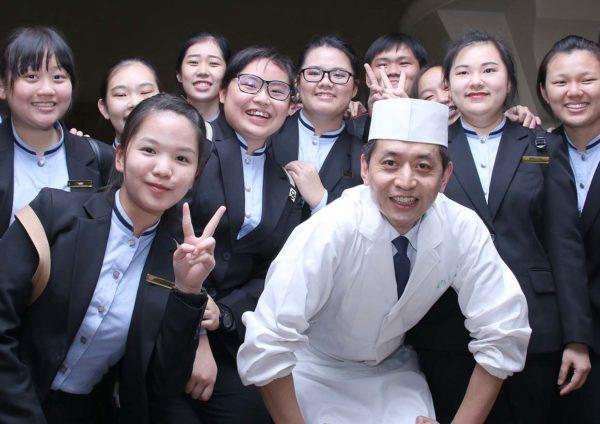 taste of japan master chef kyoto cuisine mr takuji takahashi ytl culinary students