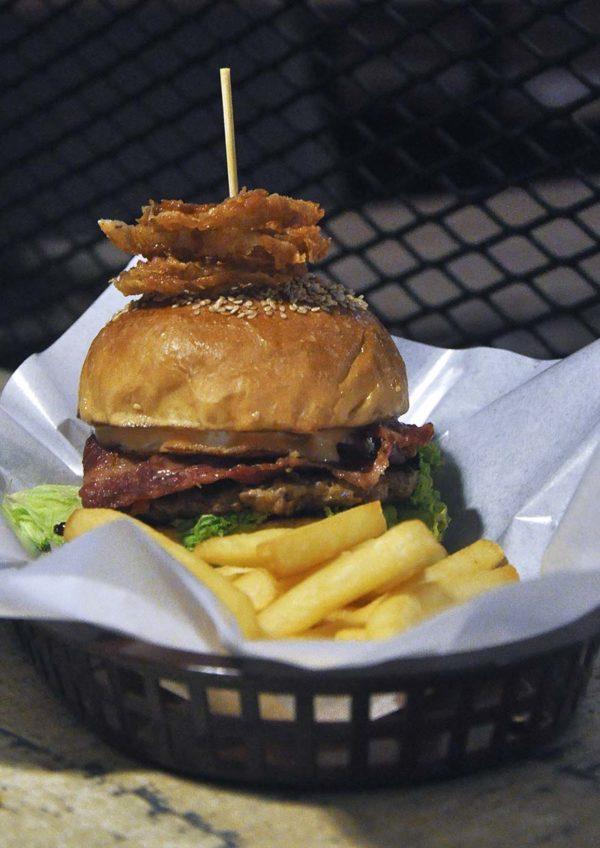 don's warong plaza damas desa sri hartamas johor cuisine the don burger