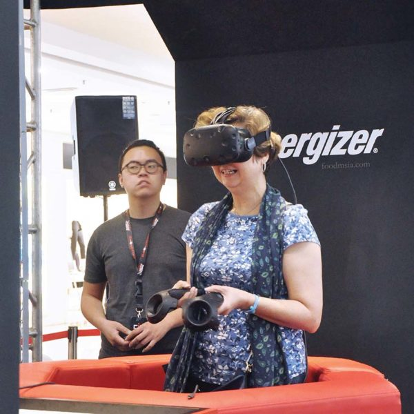 energizer shop in the dark 2018 virtual reality challenge
