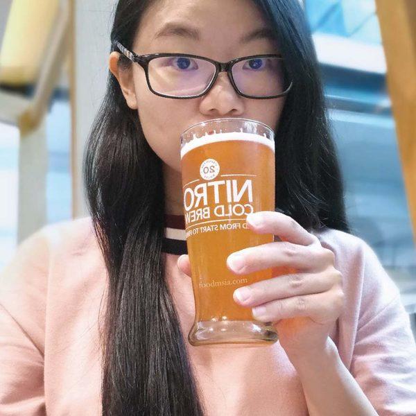 Peach Jasmine Nitro Cold Brew Tea @ The Coffee Bean & Tea Leaf®