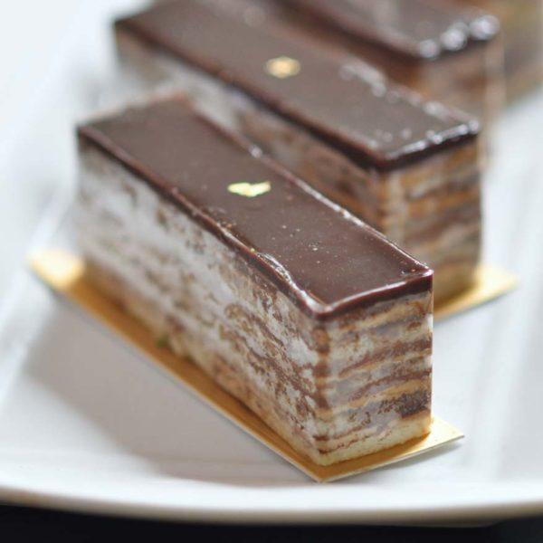 dessert hunting 1 mont kiara o coffee club opera cake