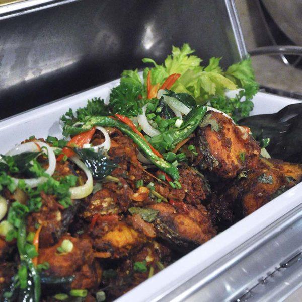 dorsett grand subang ramadan buffet fried fish chilli paste