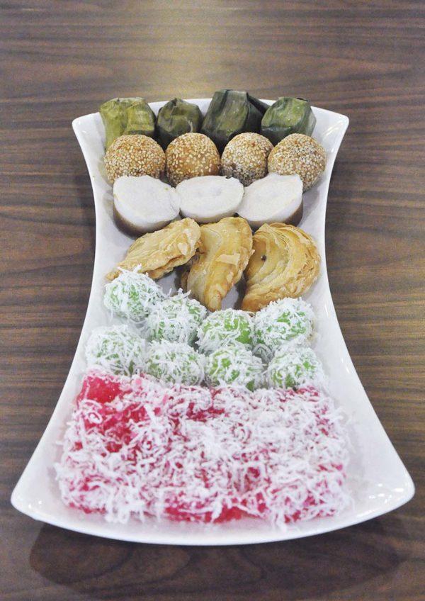 ramadan berbuka puasa next food junction klang parade kuih muih