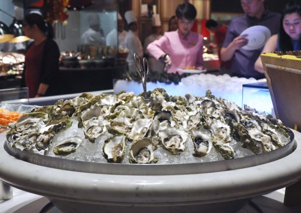 ramadan buffet lemon garden shangri-la hotel kuala lumpur fresh oyster
