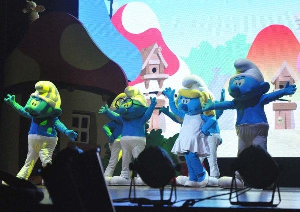 the smurfs live on stage resorts world genting show