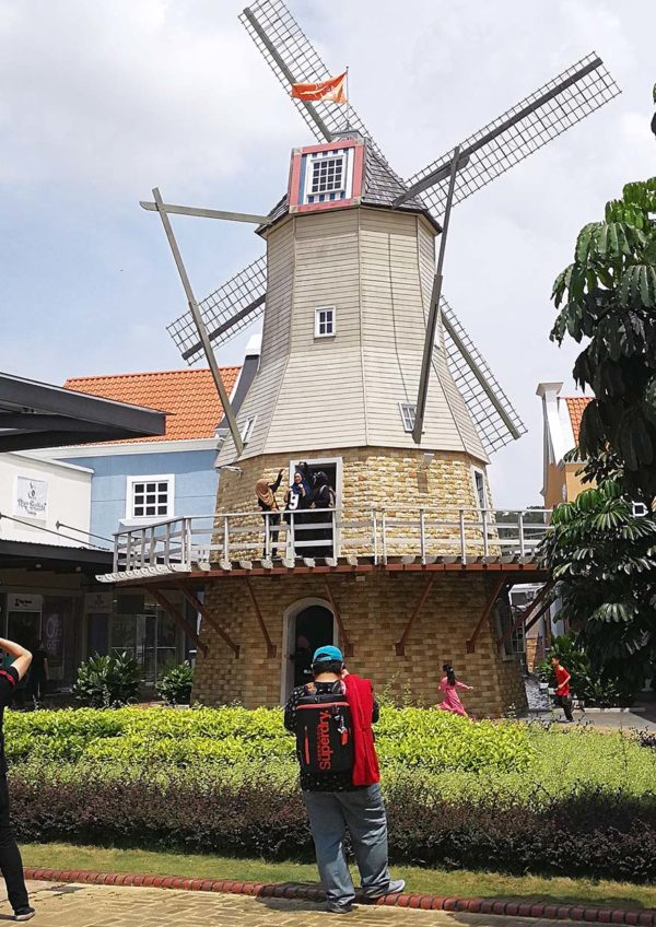 freeport a famosa outlet windmill dutch heritage building