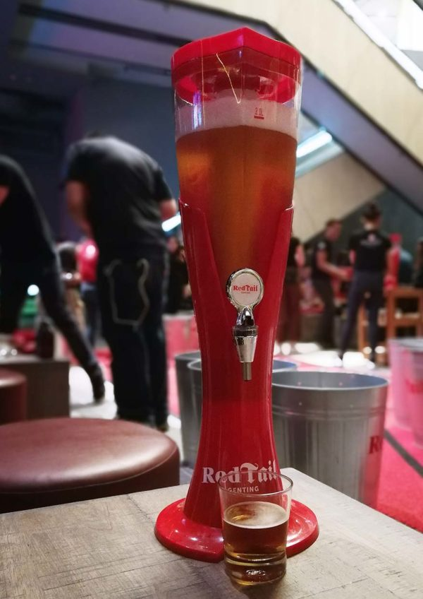 redtail bar by zouk resorts world genting beer tower