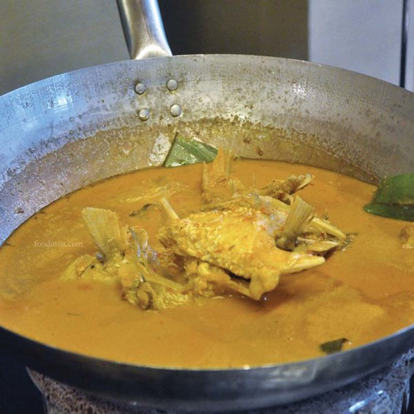 warisan sajian juadah four points by sheraton puchong fish head curry