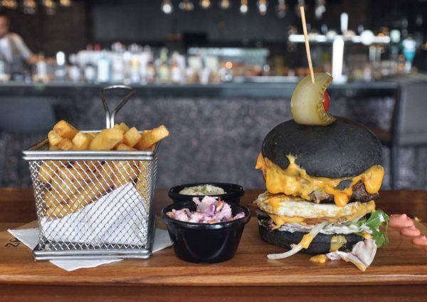 jigger shaker restaurant bar bandar sri sendayan seremban beef burger