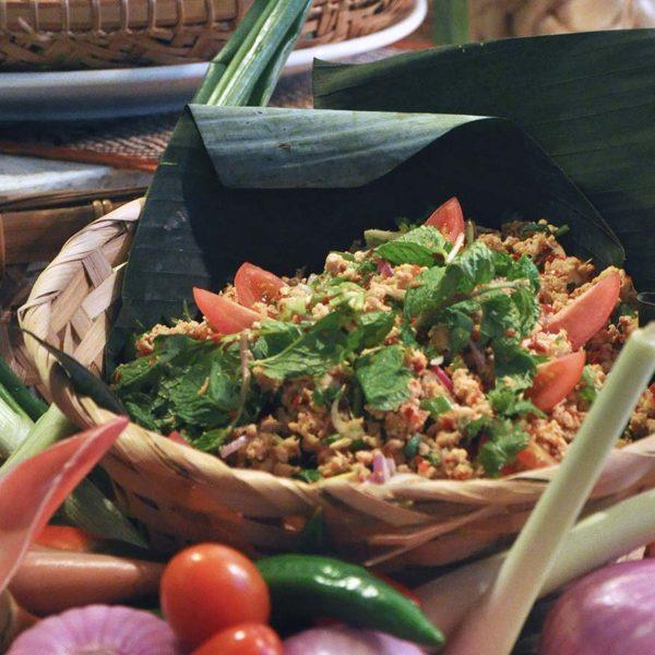 nook aloft kl sentral tantalisingly thai salad