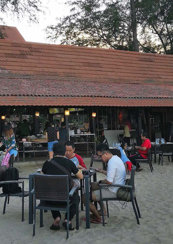 resorts world kijal terengganu private beach dining