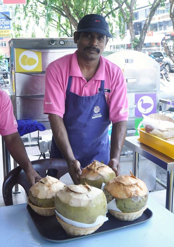 restoran mahesha ttdi baby coconut briyani steam