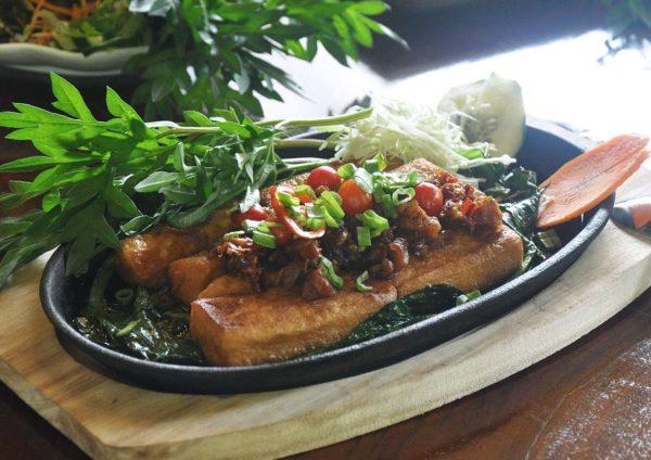 tanah aina fareena cafe restaurant lentang pahang tofu